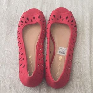 Red American Eagle Flats NWT